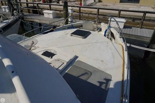 2000 Custom 45 Pilothouse Trawler Photo 16 of 20