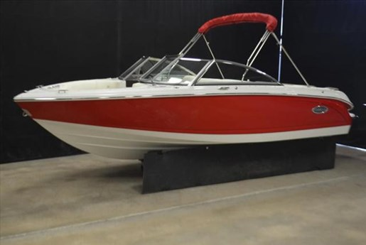 2015 Cobalt Boats 10 Series  200 Photo 2 of 18