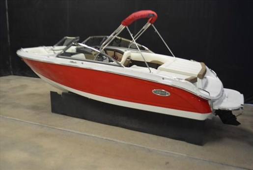 2015 Cobalt Boats 10 Series  200 Photo 3 of 18