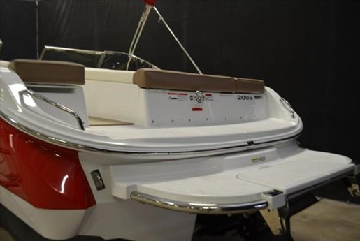 2015 Cobalt Boats 10 Series  200 Photo 4 of 18