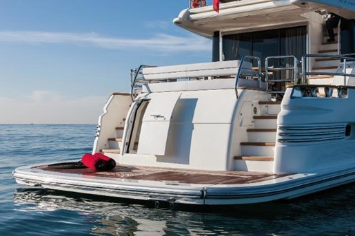 2018 Azimut 76 Magellano Photo 7 of 21