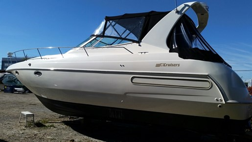 Used 1995 Cruisers Yachts 3570 Esprit For Sale