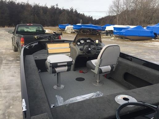2017 Smokercraft 161 Pro Angler Photo 4 of 4