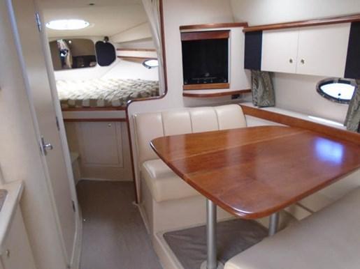 2001 Cruisers Yachts 3470 Express Photo 6 of 22