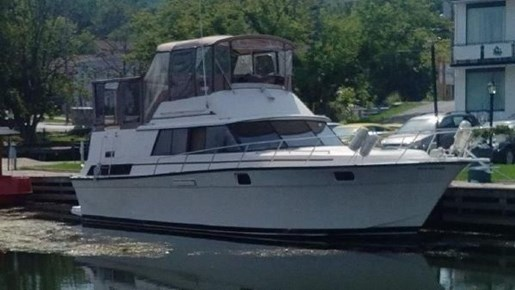 1982 SILVERTON 40 AFT CABIN MOTOR YACHT for sale