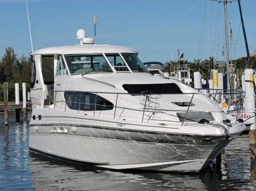 Sea ray 39 motor yacht 2003 used boat for sale in venice for Sea ray motor yacht for sale