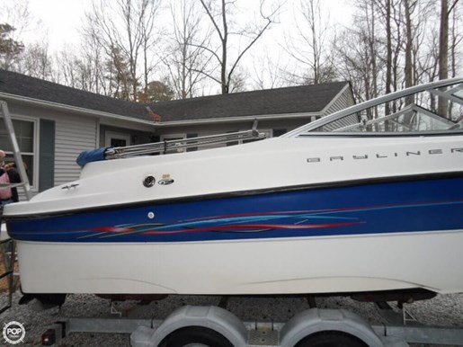 2006 Bayliner 225 Photo 7 of 20