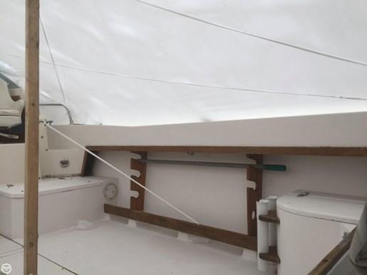 1988 Grady-White 24 Offshore Photo 12 of 20