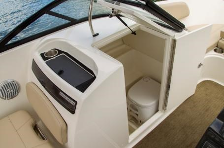 2017 Bayliner VR6 Photo 7 of 29