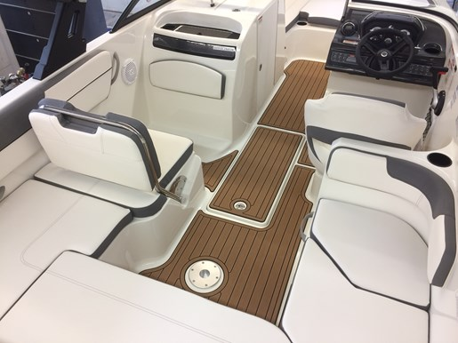 2017 Bayliner VR6 Photo 9 of 29