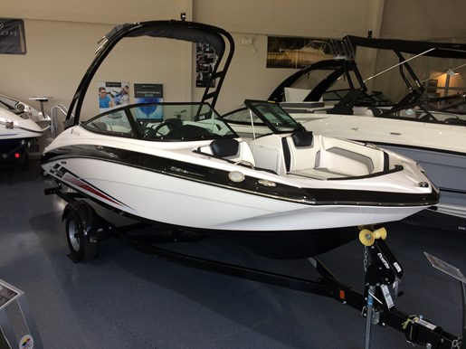 Yamaha ar 195 2017 new boat for sale in kingston ontario for Yamaha dealers in arkansas