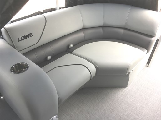 2017 Lowe Boats SS210 Tri-Toon Photo 21 of 27