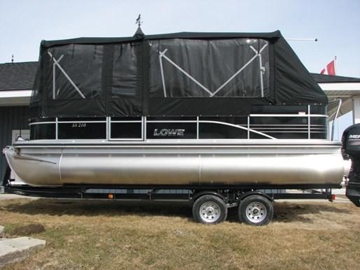 2017 Lowe Boats SS210 Mercury 115HP Trailer Full Enclosure Tri-... Photo 1 of 10