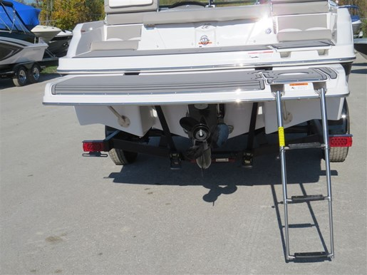 2017 Four Winns H190 Mercruiser 220HP Trailer Ext Platform Photo 138 of 153