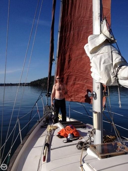 1979 Irwin Yachts 37 Photo 20 of 20