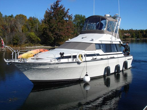1989 Mainship 35 Mediterranean Convertible Photo 1 of 20