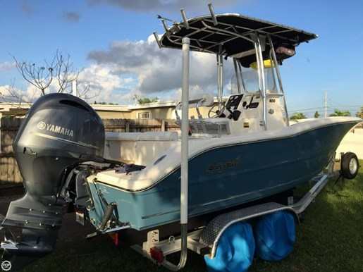 Bulls bay 2016 used boat for sale in miami florida for Yamaha lightning dock
