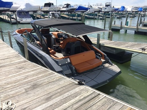 Cruisers Yachts 338 South Beach 2017 New Boat For Sale In Harrison Township Michigan
