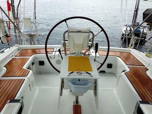 2010 Beneteau Oceanis 37 Photo 11 sur 30