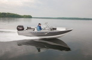 2017 crestliner 1600 vision WT Photo 1 of 2