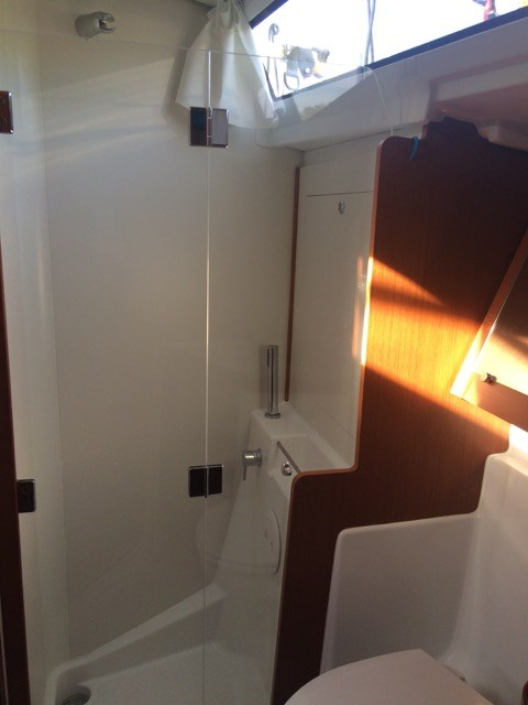 2015 Beneteau Oceanis 41 Platinum Edition Photo 20 sur 23