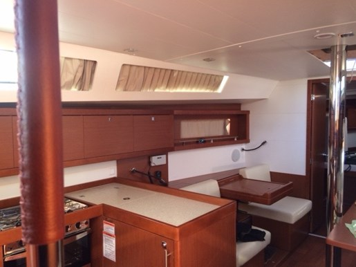 2015 Beneteau Oceanis 41 Platinum Edition Photo 12 sur 23