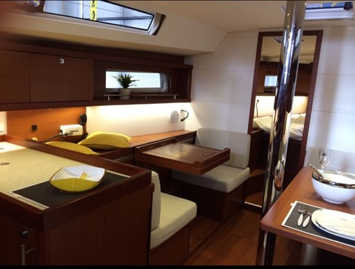 2015 Beneteau Oceanis 41 Platinum Edition Photo 9 sur 23