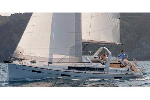 2015 Beneteau Oceanis 41 Platinum Edition Photo 21 sur 23