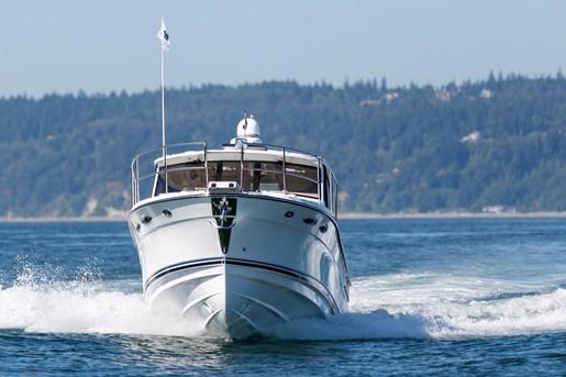 Cutwater 30 LE Sedan 2016 New Boat for Sale in Seattle, Washington - BoatDealers.ca