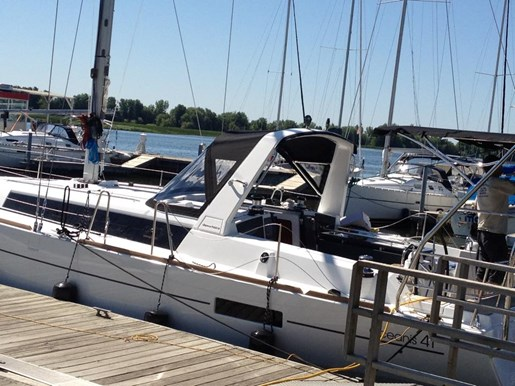2012 Beneteau Oceanis 41 Photo 3 sur 47
