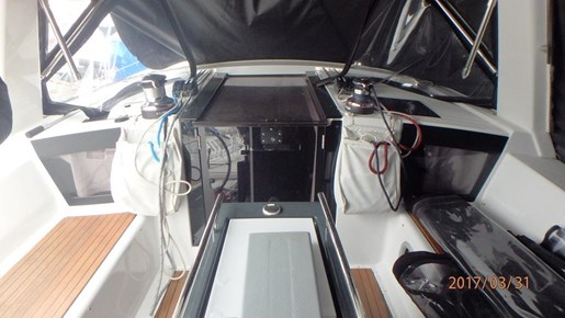 2012 Beneteau Oceanis 41 Photo 22 sur 47