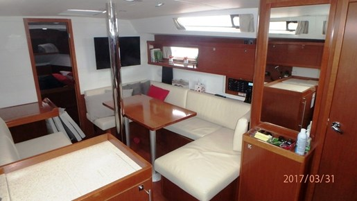 2012 Beneteau Oceanis 41 Photo 24 sur 47