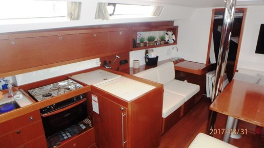 2012 Beneteau Oceanis 41 Photo 26 sur 47
