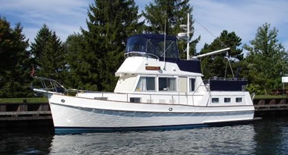1997 GRAND BANKS MOTOR YACHT for sale