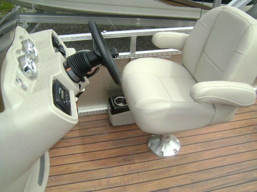 2017 Avalon GS 2385 Cruise Photo 4 sur 10