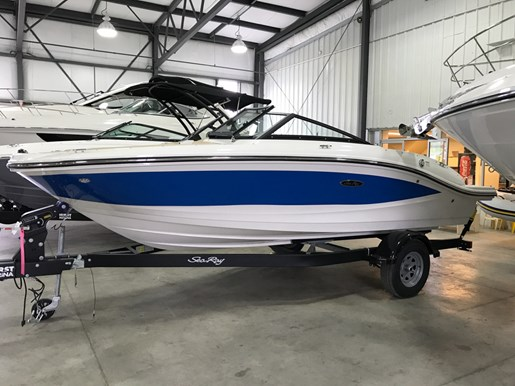 For Sale: 2017 Sea Ray Spx 190 19ft<br/>Hurst Marina, LTD.