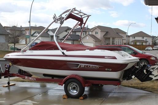 2011 larson lx 850 boat for sale 18 foot 2011 motor boat for Larson motors used cars