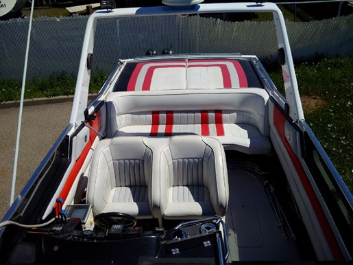 1988 Wellcraft Scarab III 34 Photo 12 sur 50