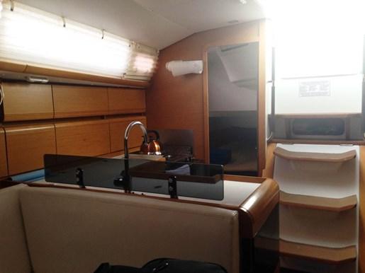 2011 Jeanneau Sun Odyssey 409 Photo 17 sur 28