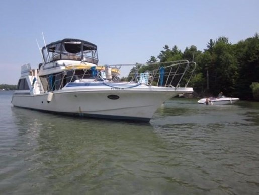 For Sale: 1989 Blue Water 44 Coastal Cruiser 44ft<br/>North South Nautical Group Inc.