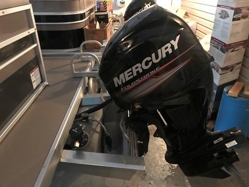 2017 Princecraft Vectra 21 60HP Photo 10 of 10