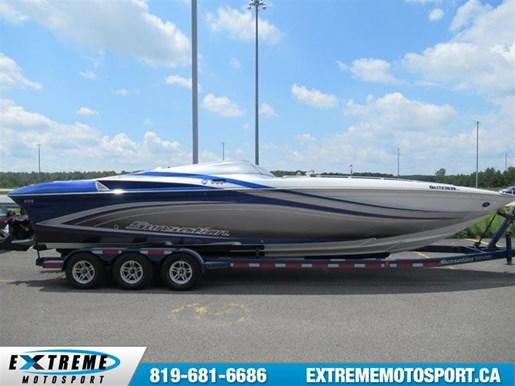32 Off Shore Power Boat  * Bateau Unique !! *