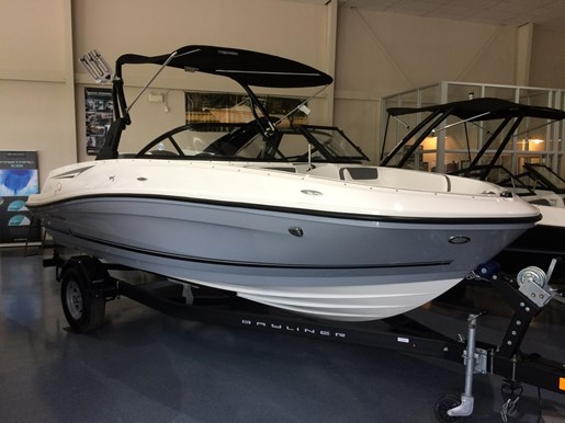 2017 Bayliner VR5 Photo 1 sur 23