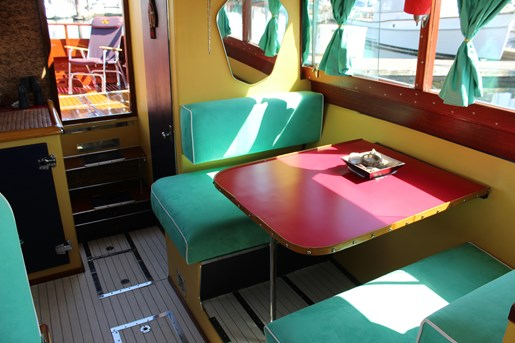 1952 Chris-Craft Super Deluxe Enclosed Photo 17 of 40