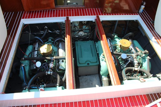 1952 Chris-Craft Super Deluxe Enclosed Photo 24 of 40