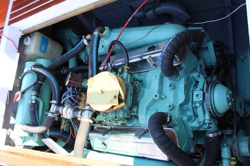 1952 Chris-Craft Super Deluxe Enclosed Photo 25 of 40