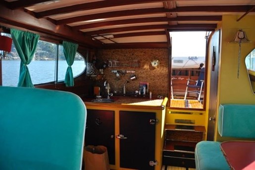 1952 Chris-Craft Super Deluxe Enclosed Photo 31 of 40