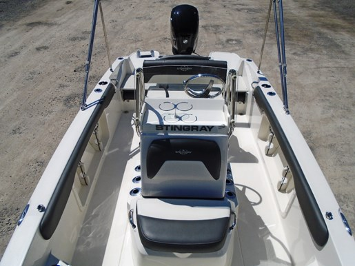 2018 Stingray boat for sale, model of the boat is 186CC For Sale - STR106 & Image # 3 of 9