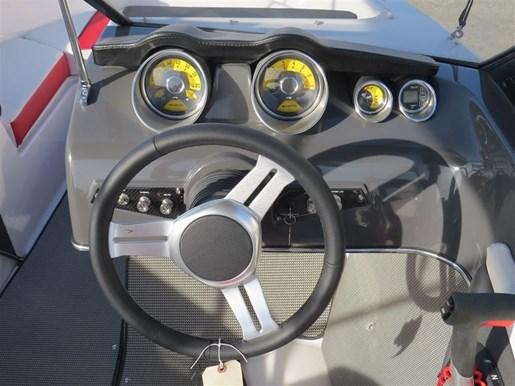 2017 Glastron GTS 180 Mercury 150HP  Trailer Photo 10 of 25