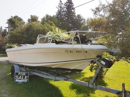 1982 SportCraft 20 Center Console with Trailer Photo 3 of 15